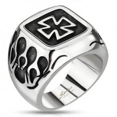 Šperky eshop - Pečatný prsteň z ocele - keltský kríž s plameňmi a patinou L3.04 - Veľkosť: 59 mm
