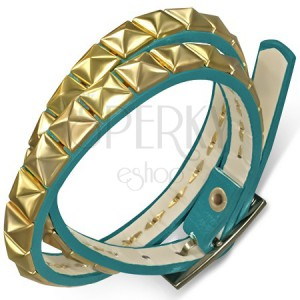 Koženkový dvojitý náramok - modrý opasok s pyramídkami v zlatej farbe