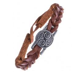 Šperky eshop - Hnedý kožený náramok s keltskými uzlami na lesklej známke Z14.14