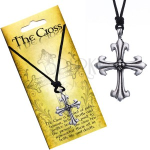 Náhrdelník s príveskom v tvare kríža, trojlístkové ramená