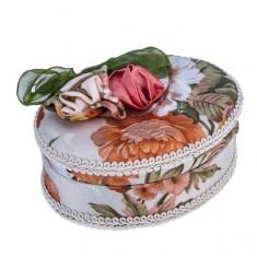 Oválna šperkovnica - zamatový poťah s mašľou a ružami