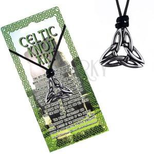 Šnúrka na krk s lesklým kovovým príveskom, keltský uzol, tri vrcholy