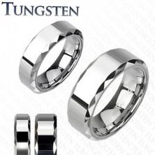 Tungstenová - Wolfrámová obrúčka s lesklým stredným pruhom a hranatými okrajmi