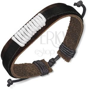Kožený náramok na ruku tmavohnedej a čiernej farby - biela šnúrka