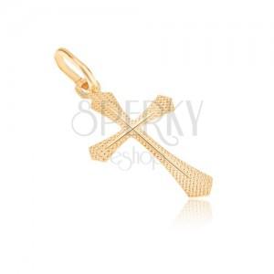 Prívesok zo zlata 14K - plochý kríž, ligotavý ryhovaný povrch