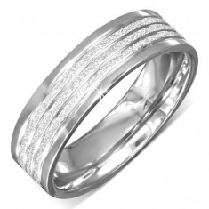 Prsteň z ocele s lesklými okrajmi, pieskovanými pásmi a zárezmi