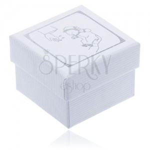 Vrúbkovaná biela darčeková krabička, motív krstu striebornej farby
