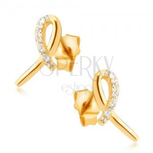 Náušnice zo žltého 14K zlata - lesklá stužka, oblúk z čírych kamienkov
