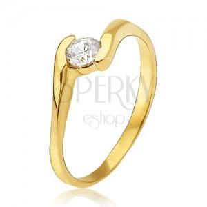 Zlatý prsteň 585 - číry zirkón uchopený medzi koncami ramien prsteňa