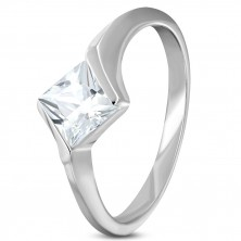 Zásnubný oceľový prsteň s kosoštvorcovým zirkónom čírej farby