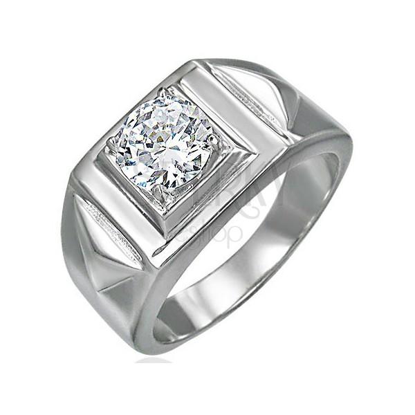 Mohutný prsteň so zirkónom