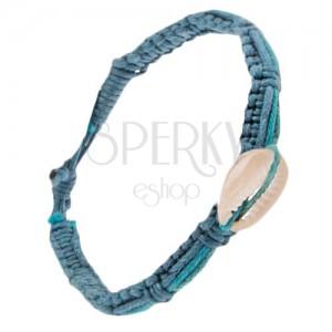 Pletený šnúrkový náramok s pásikmi rôznych odtieňov modrej, mušľa