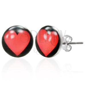 Náušnice z ocele so srdcom na čiernom podklade
