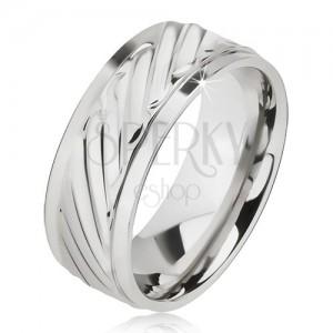 Lesklý prsteň z ocele - obrúčka so šikmými ryhami, znížené okraje