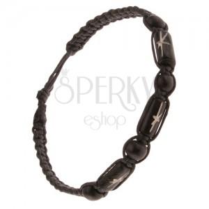 Čierny pletený náramok, čierne ozdobné valčeky a korálky
