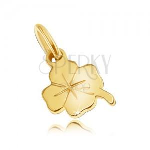 Zlatý prívesok 585 - drobný plochý štvorlístok, jemné gravírované línie