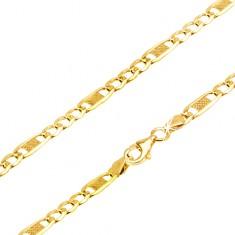 Šperky eshop - Lesklá zlatá retiazka 585 - tri oválne očká a jedno dlhšie s mriežkou, 450 mm GG24.01