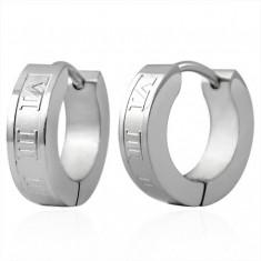 Šperky eshop - Oceľové náušnice - krúžky striebornej farby, rímske číslice Q23.05