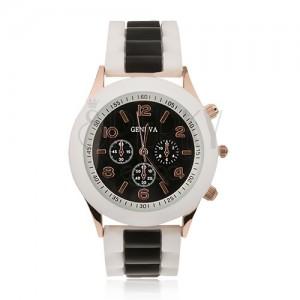 Analógové hodinky, čierny ciferník, silikónový remienok