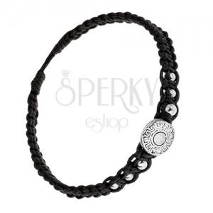 Čierny náramok zo šnúrok, známka s gréckym kľúčom, guličky