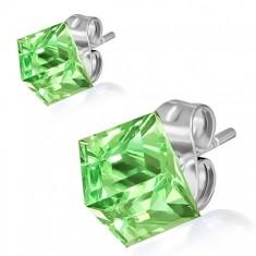Oceľové náušnice, zelený kamienok - kocka, 8 mm