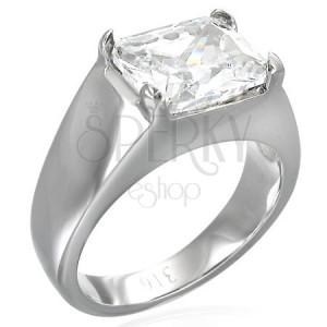 Masívny prsteň s obdĺžnikovým čírym zirkónom
