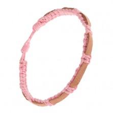 Náramok zo zapletaných ružových šnúrok, pieskový pruh kože