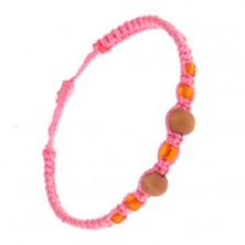 Pletený ružový náramok, oranžové korálky a guličky z dreva