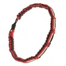 Čierno-červený náramok, biela, čierna a červená šnúrka na povrchu