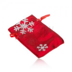 Darčekové vrecúško červenej farby, biele snehové vločky