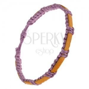 Pletený fialový náramok zo šnúrok, horčicový pás kože na povrchu