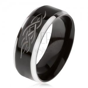 Prsteň z ocele, čierny stredový pás, skosené hrany, keltský ornament