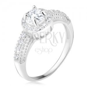 Strieborný 925 prsteň, číry zirkón s lemom, zirkónové ramená