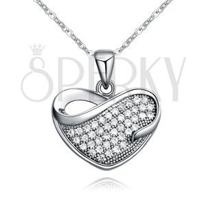 Lesklý náhrdelník s príveskom zirkónového srdca so slzičkovým výrezom