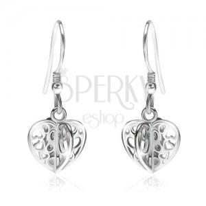Strieborné náušnice 925 - lesklé vyrezávané štvorcípe srdce