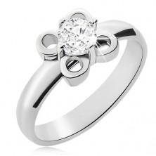 Oceľový prsteň striebornej farby, kvietok s čírym zirkónom
