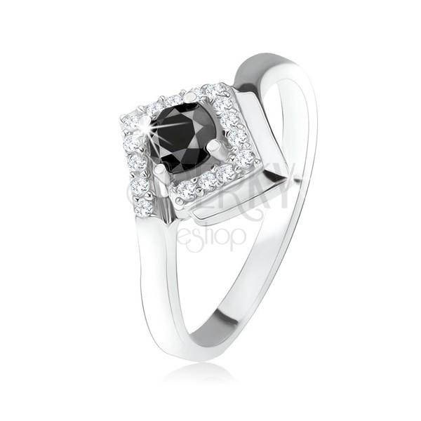 Strieborný 925 prsteň, okrúhly čierny kamienok v zirkónovom kosoštvorci