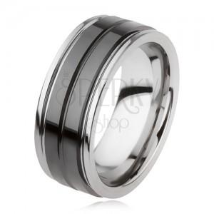 Wolfrámový prsteň s lesklým čiernym povrchom a zárezom, strieborná farba