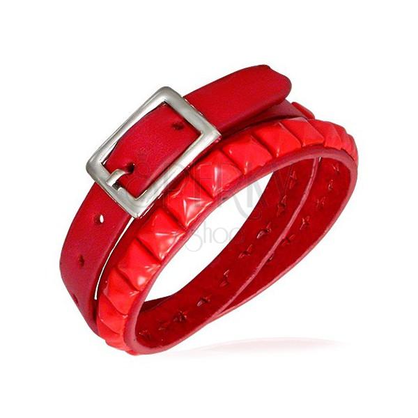 Zdvojený červený náramok z kože s vybíjaním
