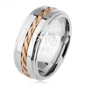Lesklý tungstenový prsteň, strieborná farba, vyvýšená stredová časť, pletený vzor