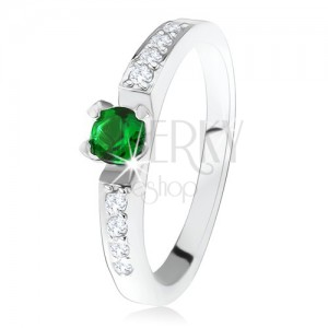 Strieborný zásnubný prsteň 925, okrúhly zelený kamienok, línie čírych zirkónov