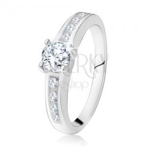 Strieborný zásnubný prsteň 925, okrúhly číry kamienok, zdobené ramená