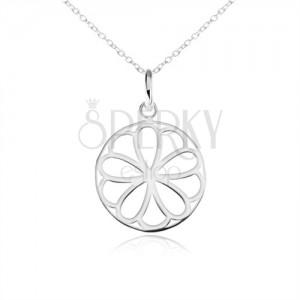 Strieborný náhrdelník 925, okrúhly prívesok - ozdobne vyrezávaný kvet