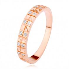 Strieborný 925 prsteň v medenom odtieni, diamantový rez, číre zirkóny
