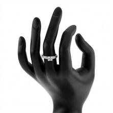 Strieborný zásnubný prsteň 925 - štvorcový zirkón, kamienky na ramenách