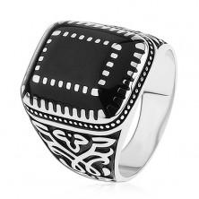 Strieborný prsteň 925, ornamenty na ramenách, obdĺžniky s čiernou glazúrou