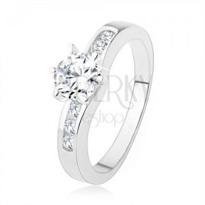 Strieborný prsteň 925, okrúhly číry zirkón, zdobené ramená prsteňa