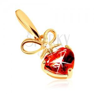 Prívesok v žltom 9K zlate - červené granátové srdiečko s uviazanou mašľou