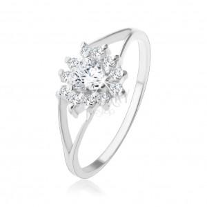 Strieborný 925 prsteň, číre zirkónové srdiečko, trblietavý obrys