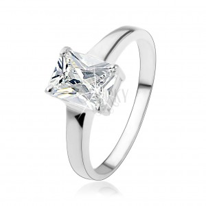Strieborný prsteň 925 s obdĺžnikovým brúseným zirkónom čírej farby
